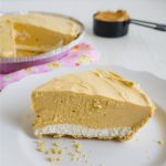 Frozen Peanut Butter Pie - this is a tasty treat for summer! www.thirtyhandmadedays.com
