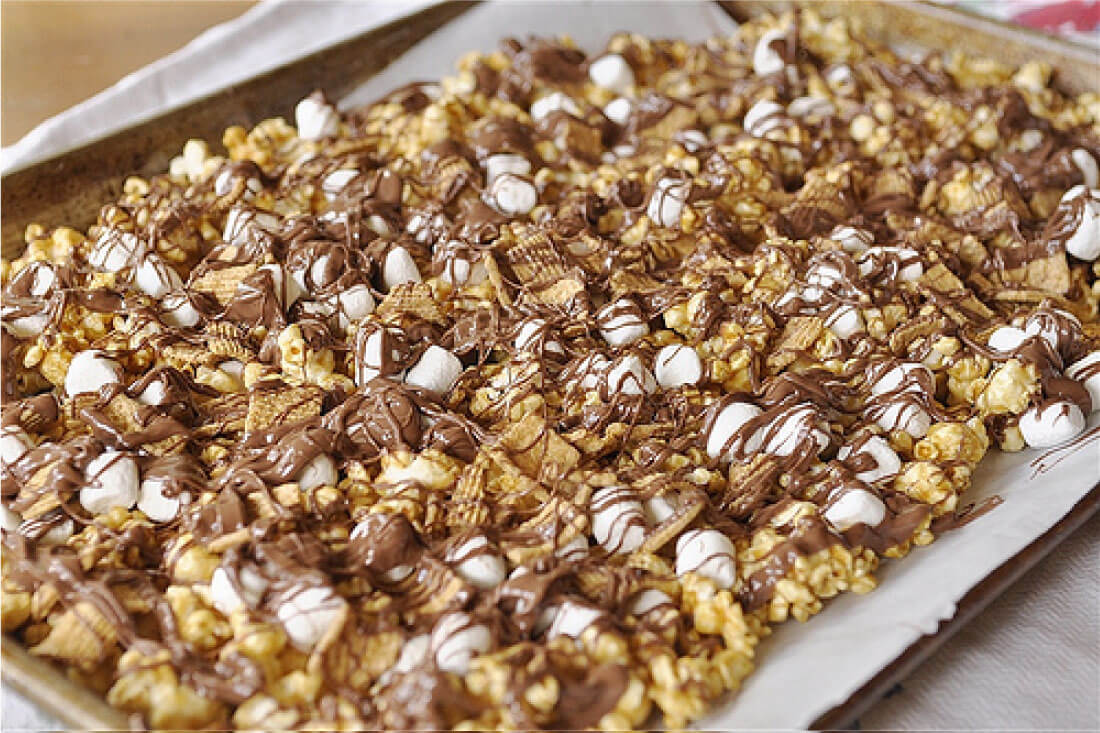 Take traditional Caramel Popcorn to the next level with this S'mores version! Step 2