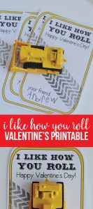 "Printable Valentines Day Ideas - this ""I like how you roll"" is perfect for boys! from www.thirtyhandmadedays.com"