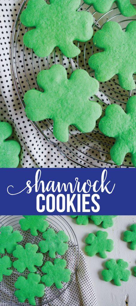 Shamrock Cookies -make these simple St. Patrick's Day treats to celebrate the holiday. via www.thirtyhandmadedays.com