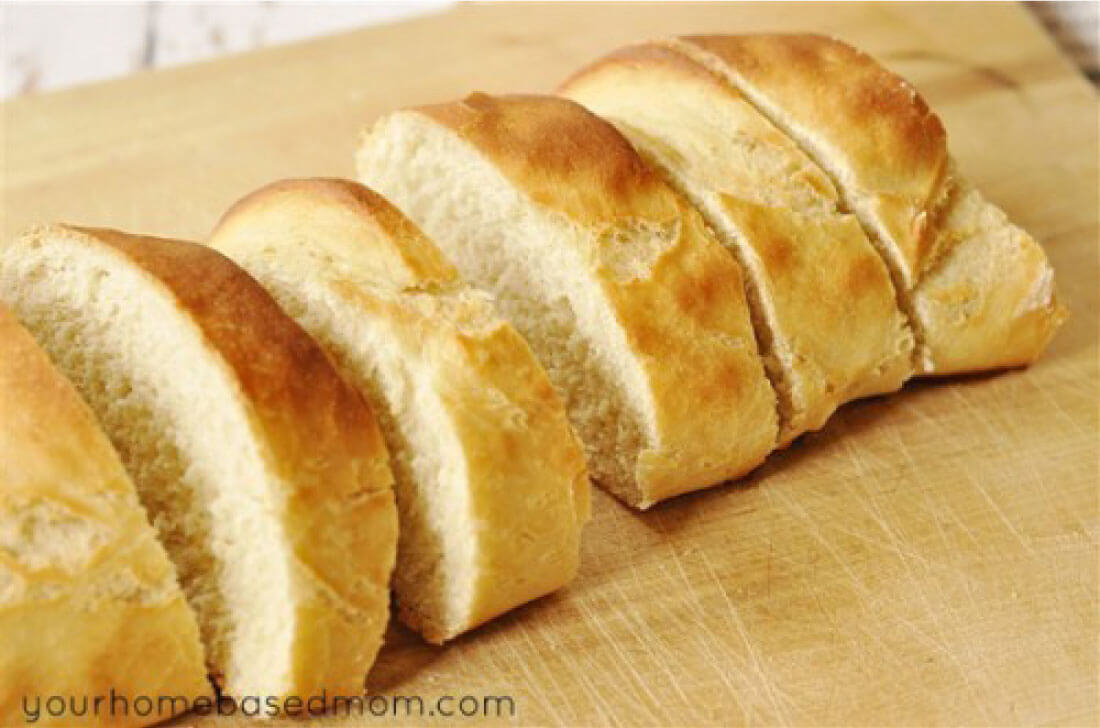 Quick French Bread- an easy and awesome recipe! via www.thirtyhandmadedays.com