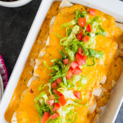 Mom's Chicken Enchiladas- one of my favorite main dish recipes of all time. www.thirtyhandmadedays.com