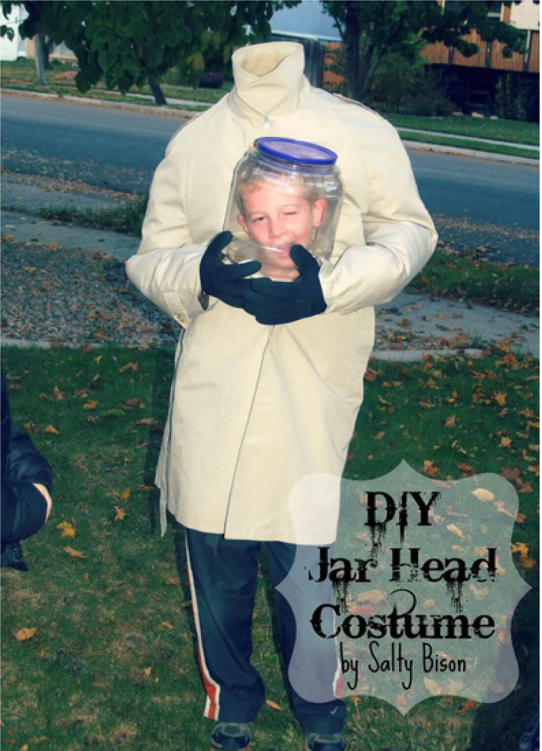 image about Halloween Head in a Jar Printable named Do-it-yourself Gown: How in direction of crank out a Jar Mind!