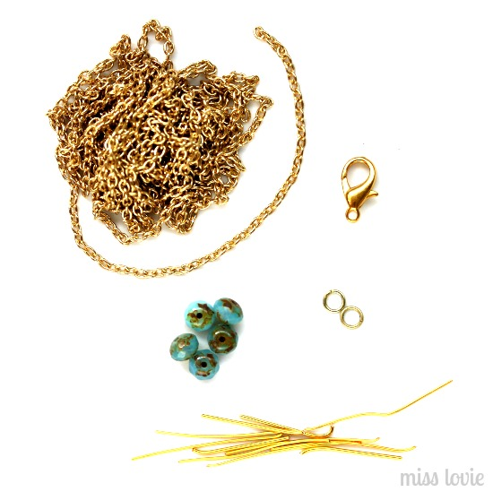 02LayeredNecklaces-beadednecklace