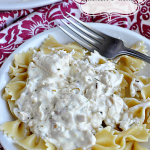 Easy dish to prepare and so good! Rosemary Chicken Pasta via www.thirtyhandmadedays.com