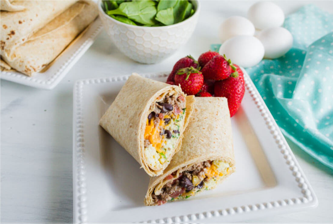 Protein Packed Breakfast Burritos - make these ahead to reheat throughout the week via thirtyhandmadedays.com