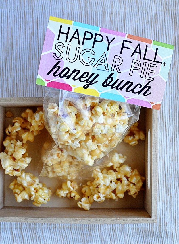 Fall Printable Pack - with Honey Popcorn from www.thirtyhandmadedays.com