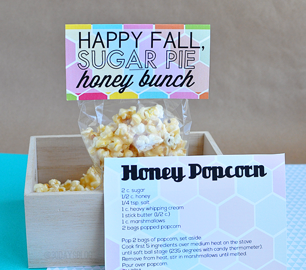 Super cute Fall Printable Pack with Honey Popcorn. Whip up a batch of popcorn & attach these cute printables! from www.thirtyhandmadedays.com