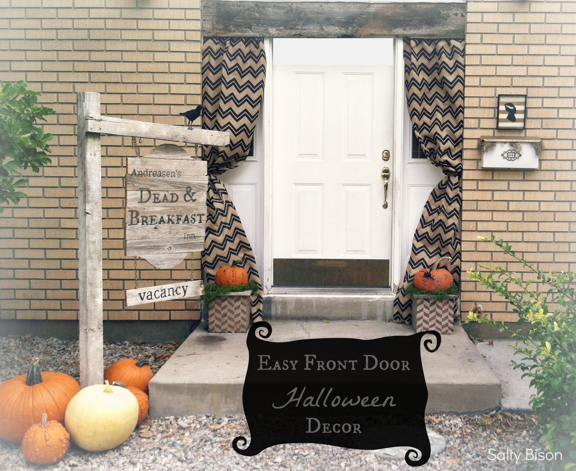 easy front door halloween decor - Front Door Halloween Decorations