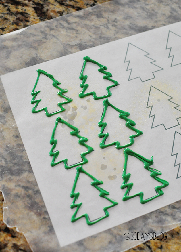 Christmas tree template www.thirtyhandmadedays.com