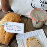 Gift Idea for the Holidays - includes bread and honey butter recipe and cute printable from www.thirtyhandmadedays.com