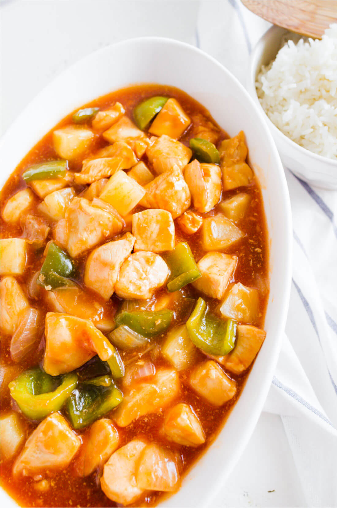 Sweet Sour Chicken - a family favorite from my aunt! via thirtyhandmadedays.com