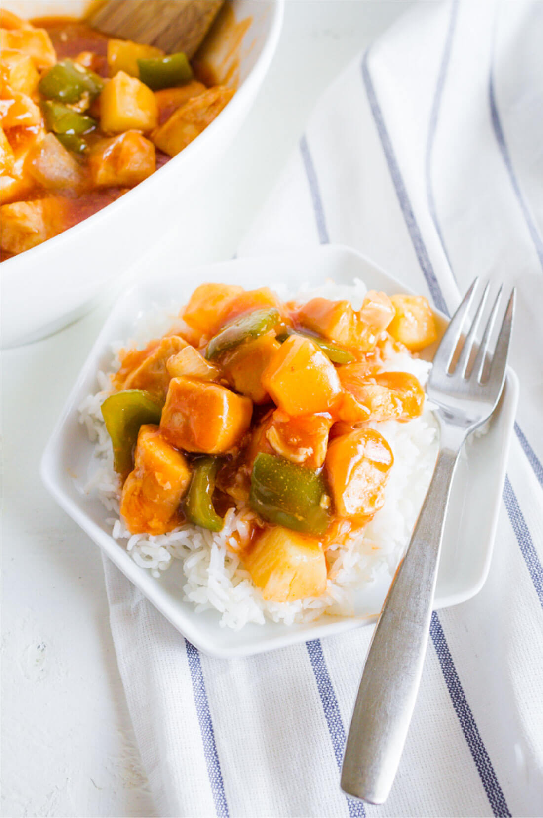 Sweet Sour Chicken - a family favorite from my aunt! via www.thirtyhandmadedays.com