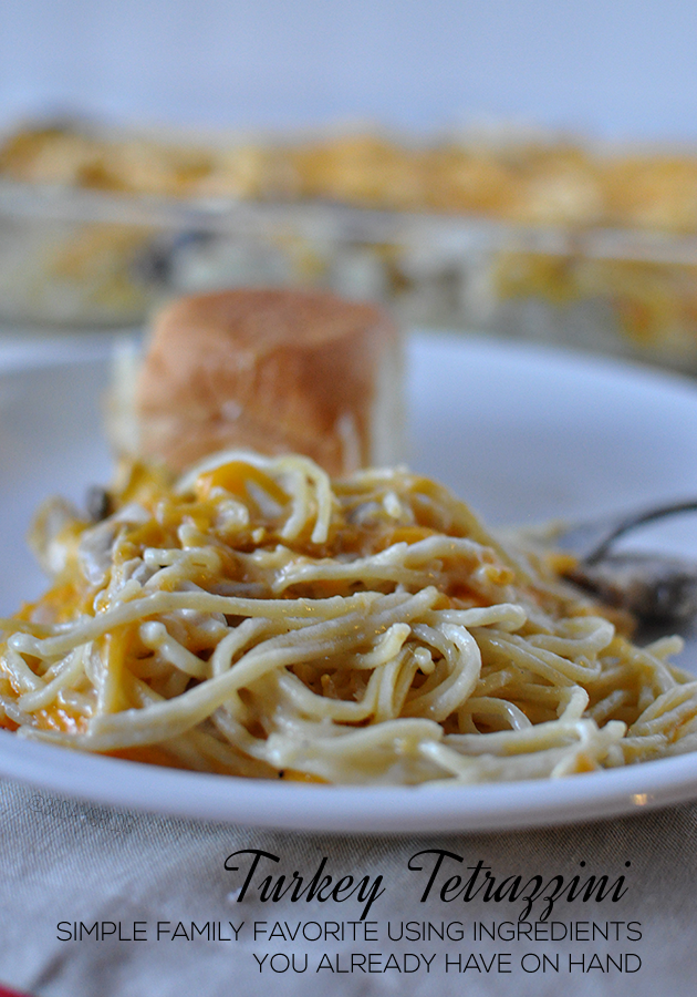 The perfect Thanksgiving leftover recipe- Turkey Tetrazzini.  This is a family favorite that I've been making for years. www.thirtyhandmadedays.com