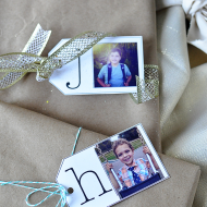Printable Holiday Gift Tags & ZINK hAppy App Printer