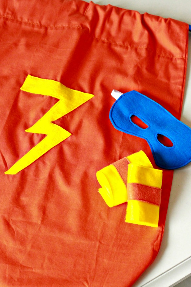 Pillowcase Superhero Cape DIY 7