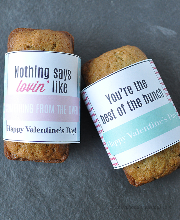 Fun & simple  last minute gift idea- make this printable bread wrapper to go with your favorite bread for someone you care about  www.thirtyhandmadedays.com