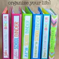 Can't Keep Up?  How to Use Binders to Organize Your Life