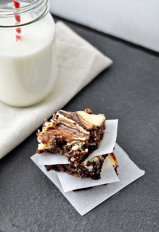 Make these amazing Marble Cheesecake Brownies and blow everyone away! Thirty Handmade Days