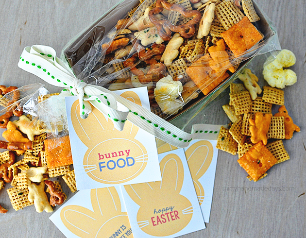 "Fun Easter gift idea- ""Bunny Food"" with  cute printable tags from Thirty Handmade Days"