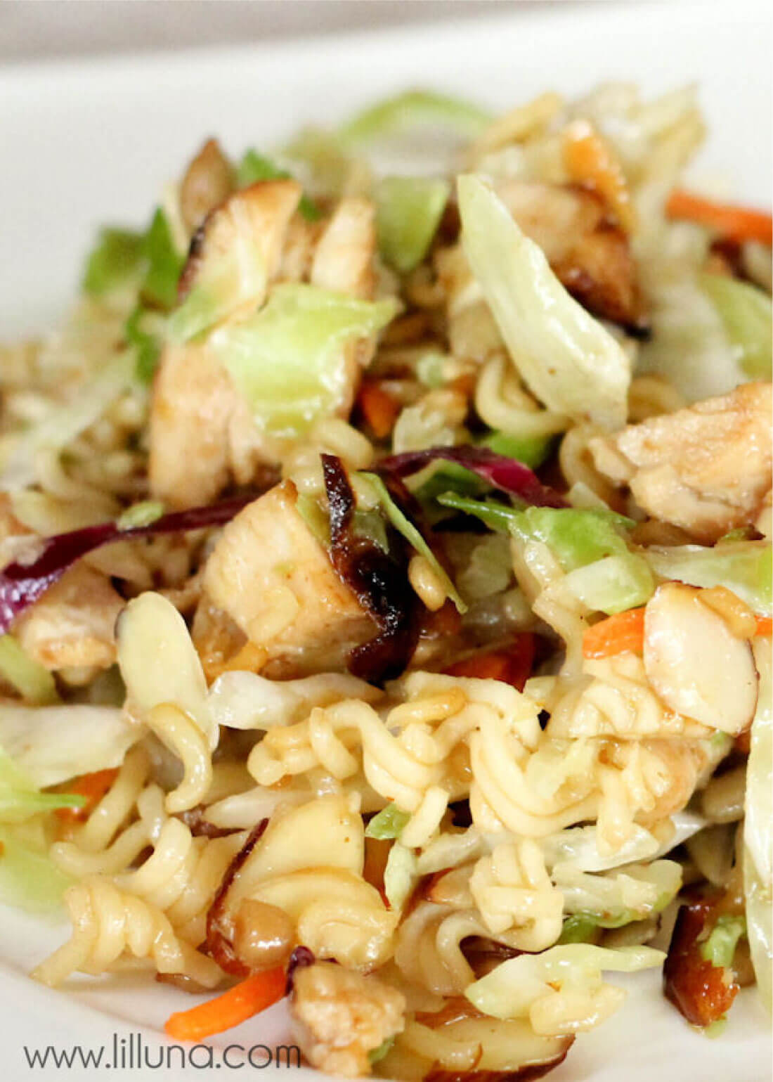 Asian Coleslaw - a delicious side dish or main dish to try out. via www.thirtyhandmadedays.com