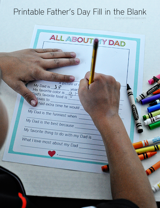 Super simple Father's Day printables - print and have your kids fill out to share for Father's Day!