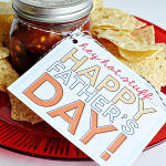 Printable Father's Day Tags - Salsa and chips gift idea from @30daysblog