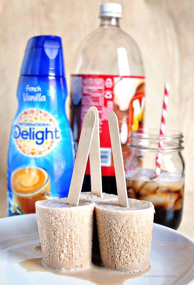 Using only 2 ingredients to make Root Beer Float Pops! (and one isn't ice cream) www.thirtyhandmadedays.com