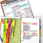 Printable Mini Accountability Binder - perfect for junior high, high school and college students! www.thirtyhandmadedays.com