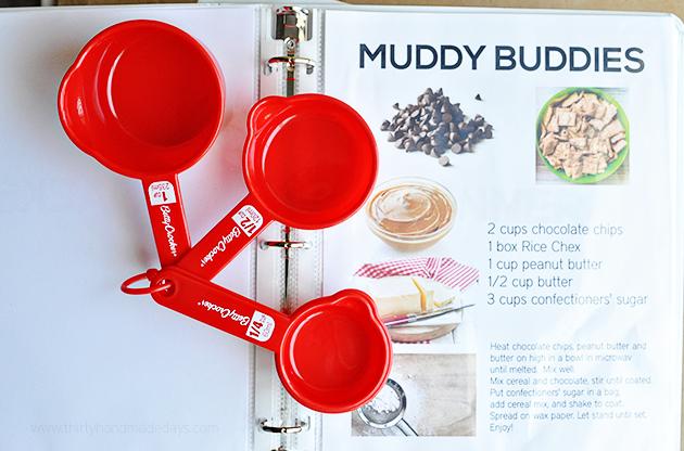 Muddy Buddies Recipe - kids recipe book from thirtyhandmadedays.com