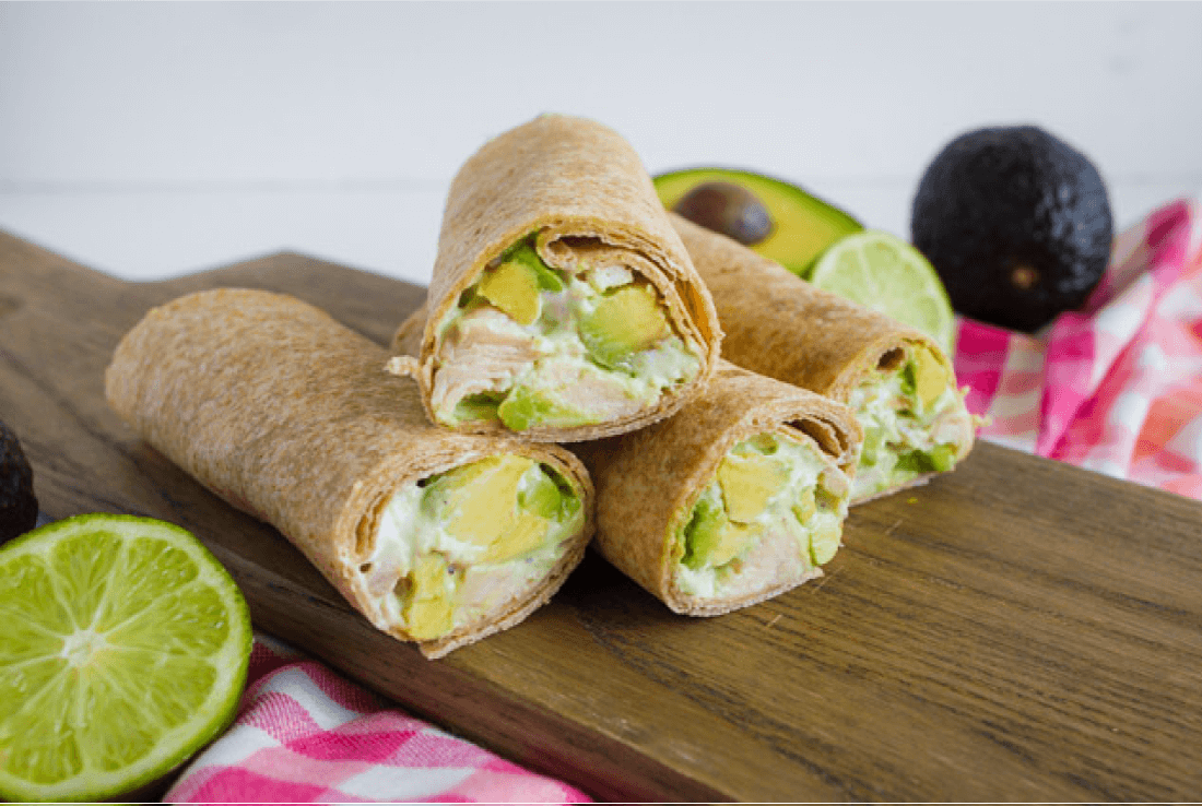 Avocado Chicken Wraps - a great alternative healthy dinner recipes from www.thirtyhandmadedays.com