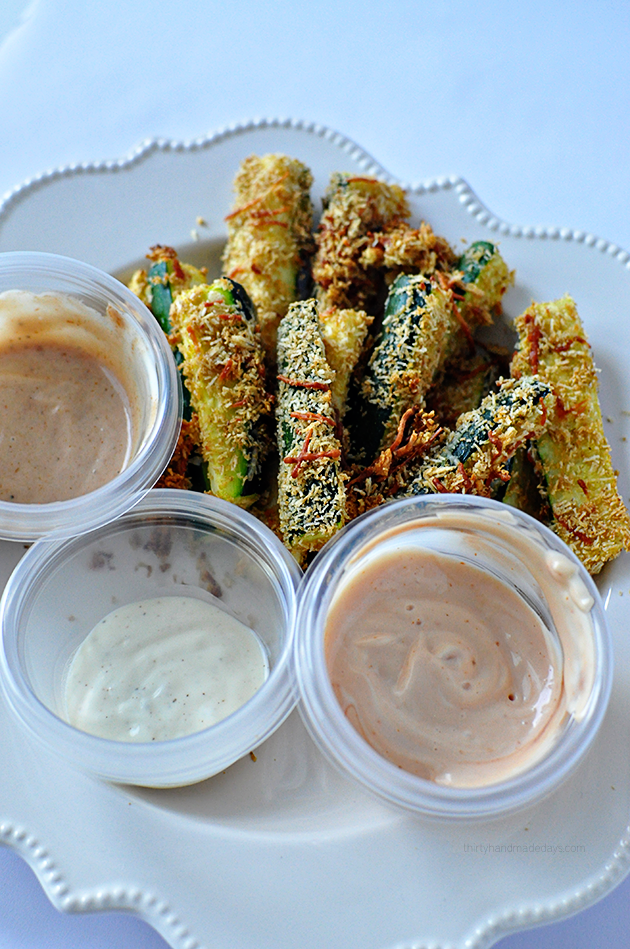 Baked Zucchini Sticks - a healthy take on a delicious side dish or appetizer! | Thirty Handmade Days