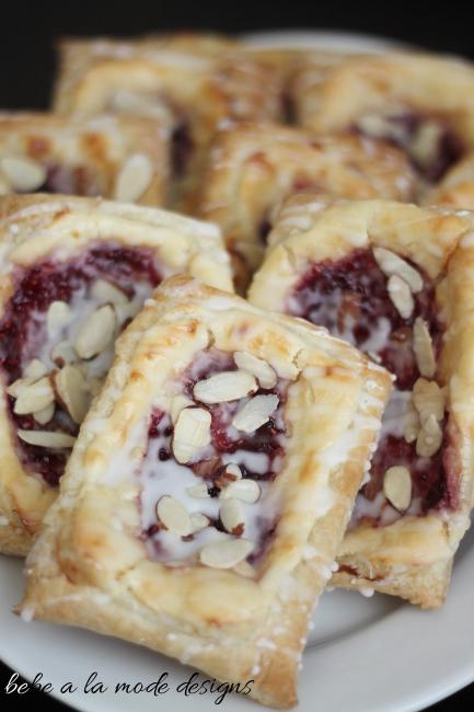 recipe: cream cheese puff pastry danish [37]