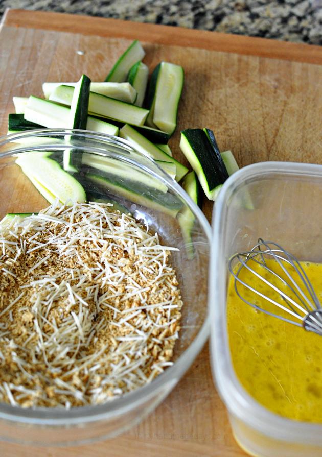 Making baked zucchini sticks