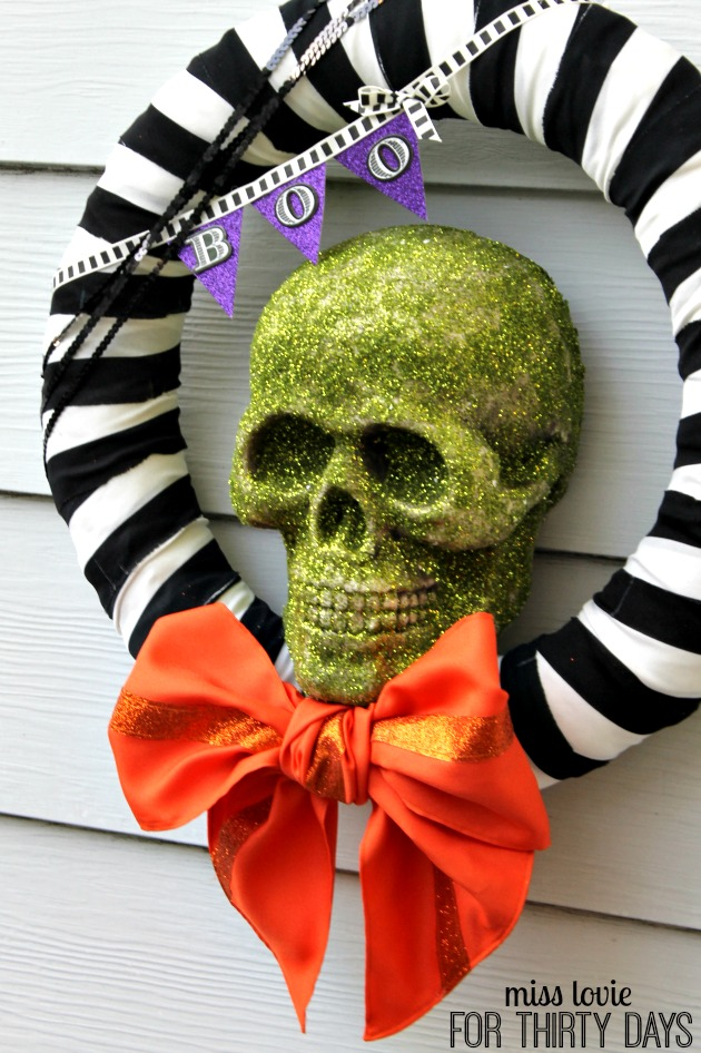 Spooky Skull Halloween Wreath