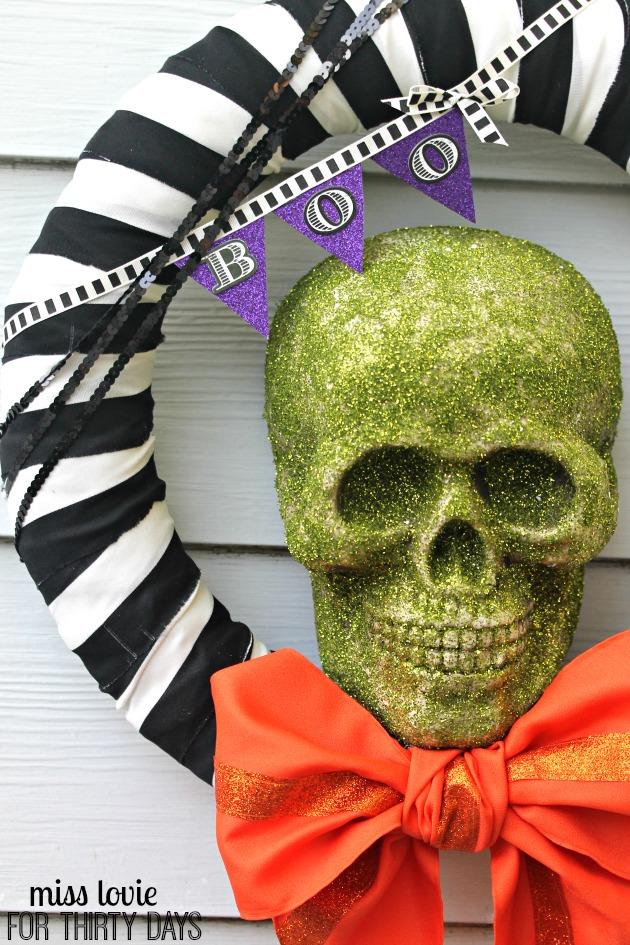 15 Spooky Skull Halloween Wreath