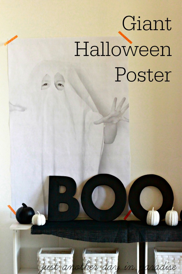 Giant Halloween Poster - learn how to make this easy Halloween decor
