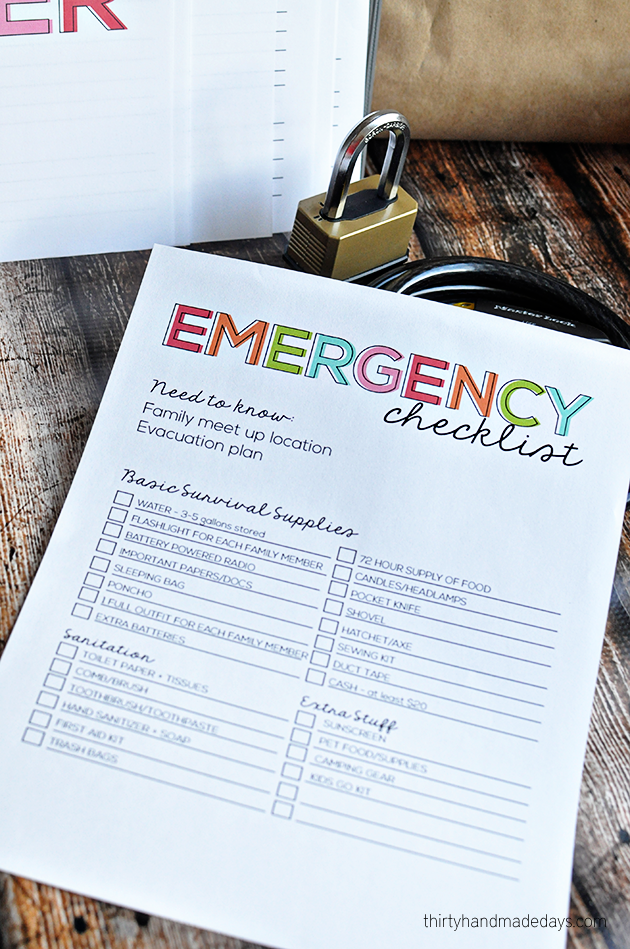 Printable Emergency Checklist from www.thirtyhandmadedays.com