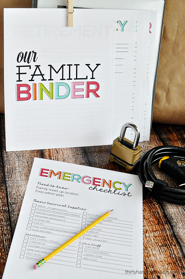 Get prepared in case of an emergency - Printable Emergency Checklist www.thirtyhandmadedays.com