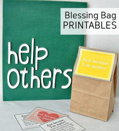 Print out these blessing bag printables to give to the homeless. www.thirtyhandmadedays.com