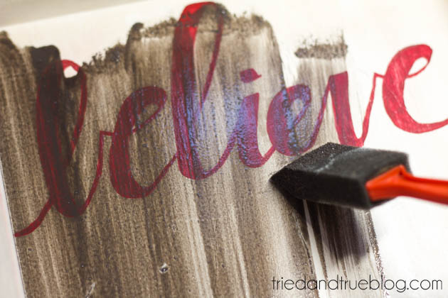 DIY Believe Sign to make for Christmas! Step 4 www.thirtyhandmadedays.com