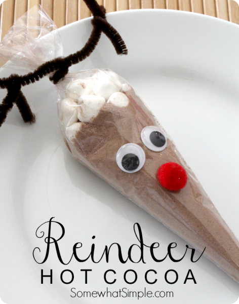 Reindeer Hot Cocoa - make these cute gifts for neighbors and friends! via www.thirtyhandmadedays.com