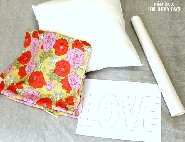 01 LOVE Pillow Valentine's