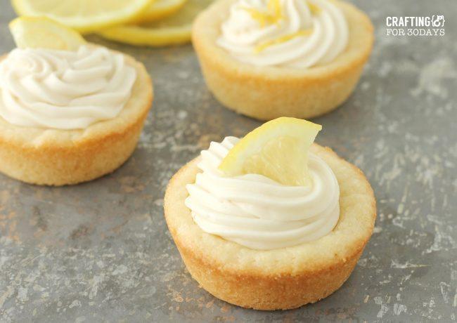 Lemon Cookie Recipe - super delicious and easy dessert to make! via thirtyhandmadedays.com