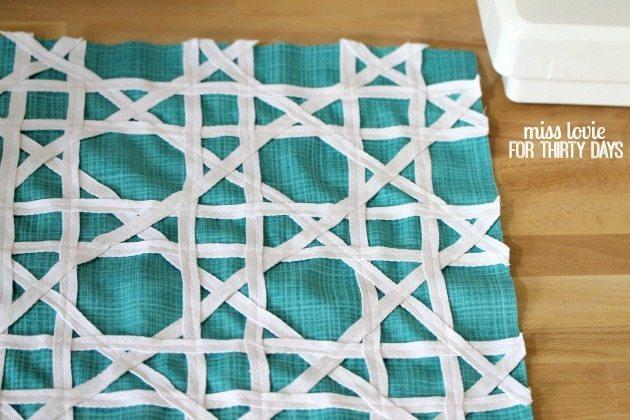 14 Geometric Pillow DIY