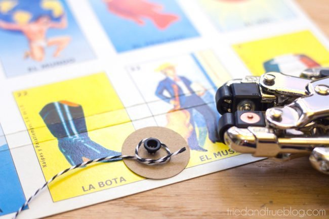 Super Easy Recycled Cardboard Journal - Closure