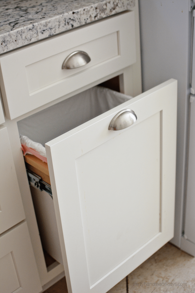 Kitchen trash drawer