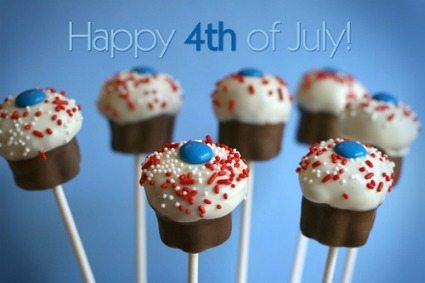 Red White and Blue Desserts / thirtyhandmadedays.com