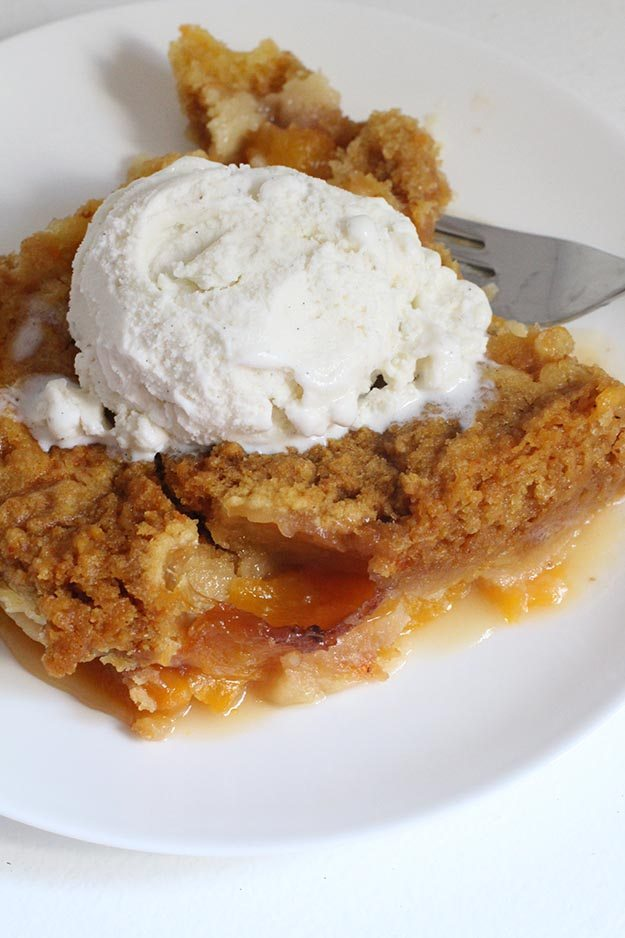 3-Ingredient Slow Cooker Peach Dump Cake