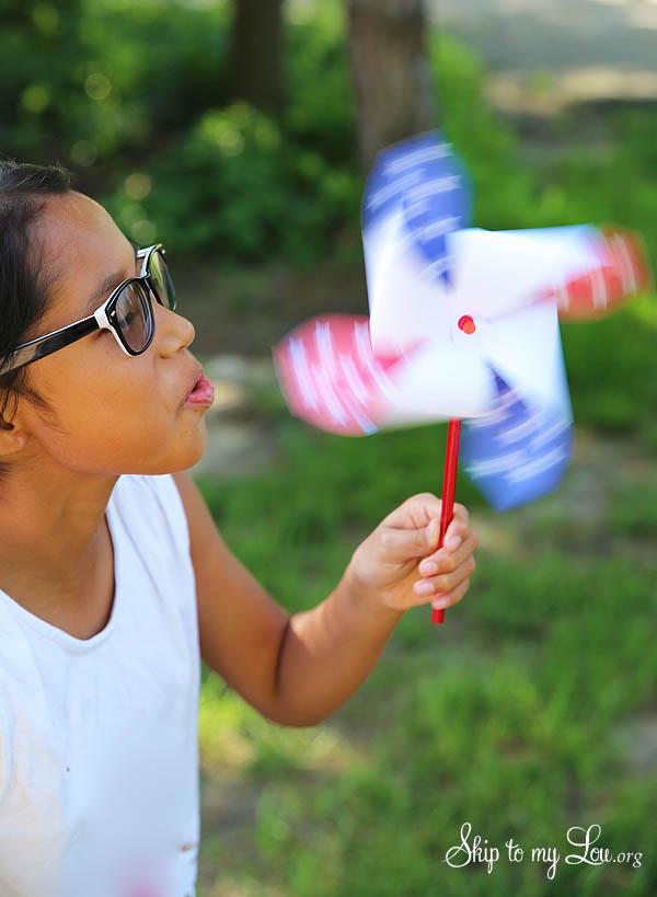 4th of July Patriotic Printable Pinwheel - blowing